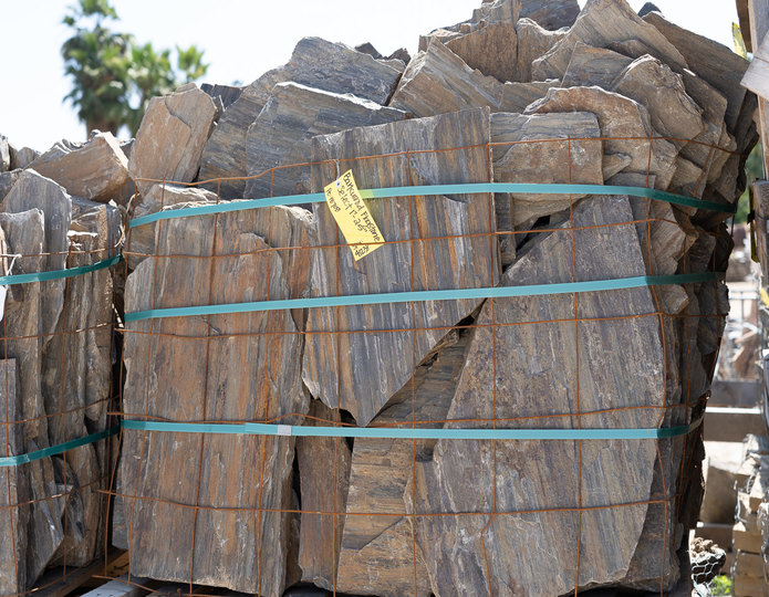 Barkwood natural flagstone patio pavers in bulk at rock yard 5