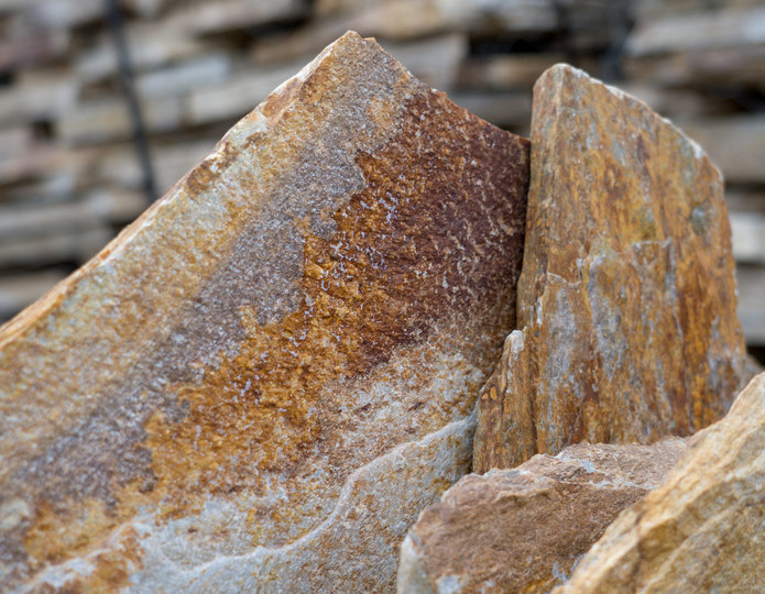 Salmon Red Quartzite natural flagstone patio pavers closeup texture