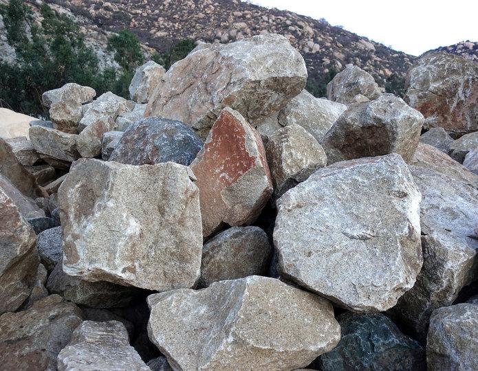 Desert Select landscape boulder pile in rock yard