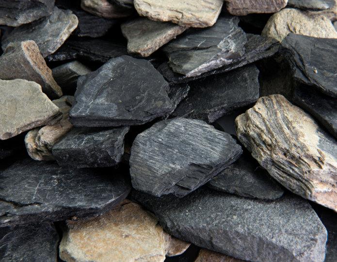 Black Slate Chips in bulk at rock yard