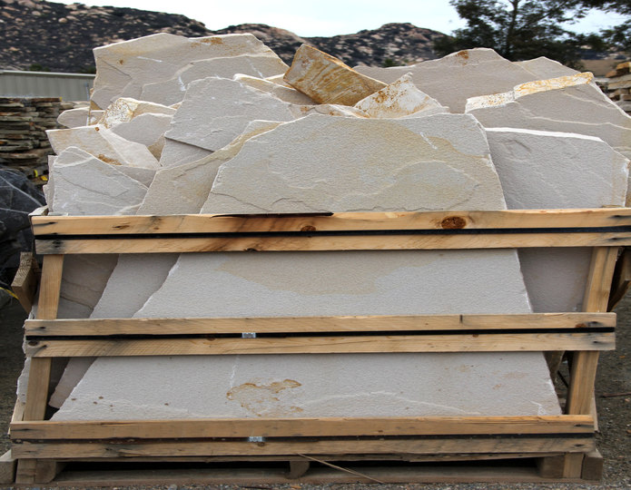 El Cid natural flagstone patio pavers in bulk at rock yard