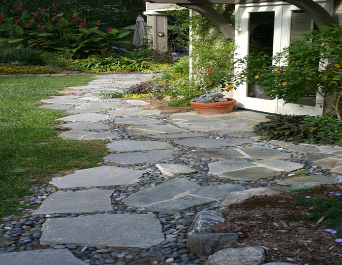 Red Mountain Natural Flagstone Patio Walkway installed