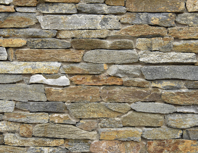 Red Mountain Stone Veneer Natural Ledgestone on rock wall project