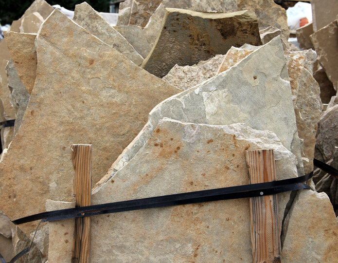 Cherokee Canyon natural flagstone patio pavers in bulk at rock yard 2
