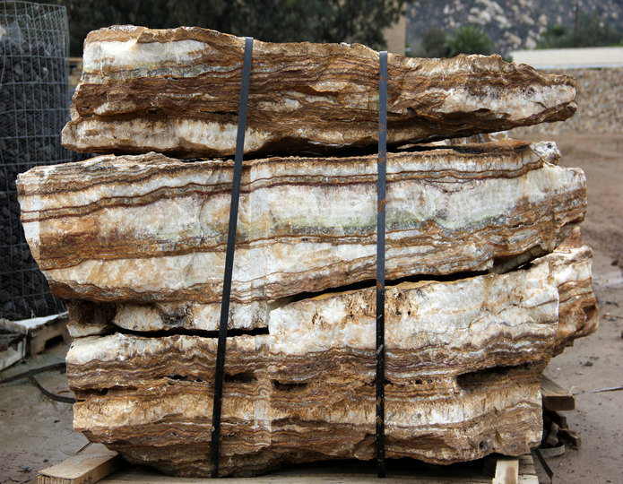 Grand Canyon Onyx landscape boulders on pallet in rock yard