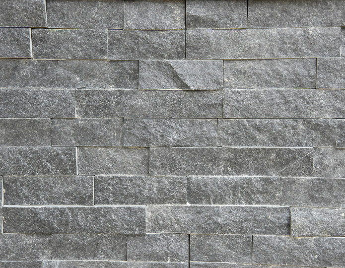 Coal Canyon Stone Veneer Natural Ledgestone on rock wall project