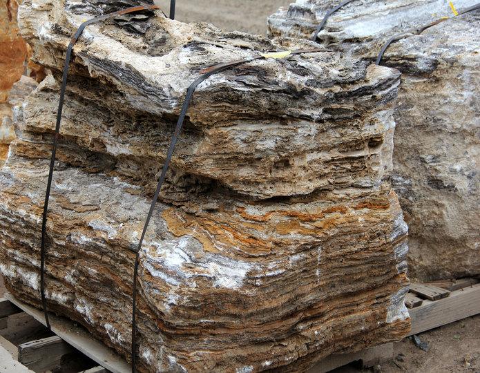 Black Canyon Onyx landscape boulders on pallet in rock yard 2