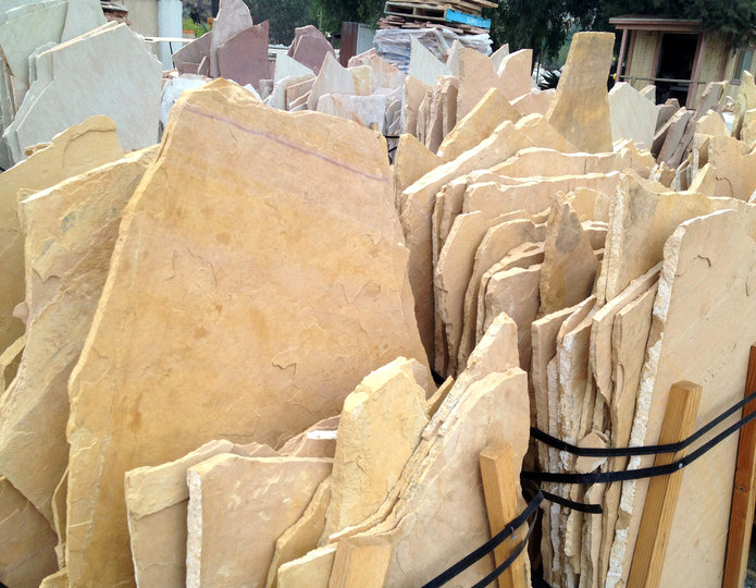 Arizona Buckskin natural flagstone patio pavers in bulk at rock yard 3