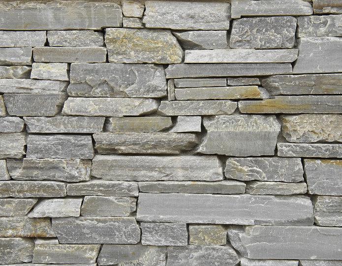 Silver Quartzite Stone Veneer Natural Ledgestone on rock wall project