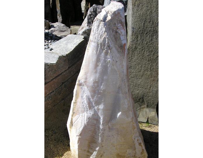 Aragonite stone water fountain in bulk at rock yard 3