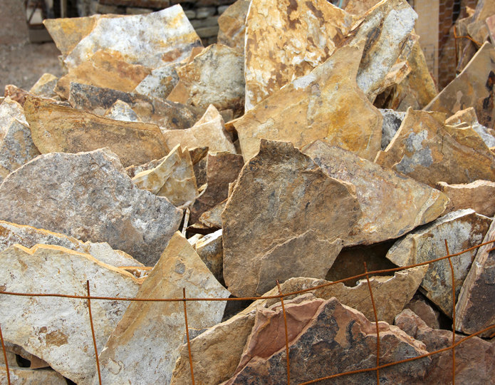 Snakeskin natural flagstone patio pavers  in bulk at rock yard