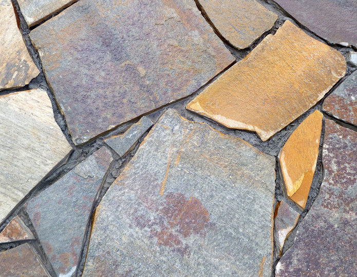 Stardust natural flagstone patio pavers installed in walkway