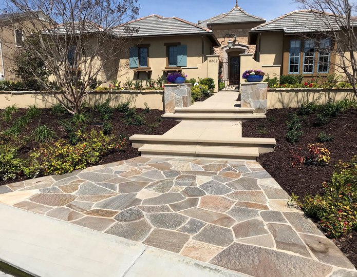 Platinum Flagstone natural flagstone patio pavers installed in front yard walkway